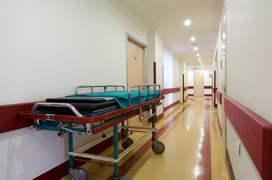 Proteção de parede, roda-camas, rodamacas, acabamentos, batemacas, proteção contra impactos, proteção antibacteriana, proteção anti brasão
